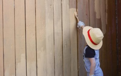 5 Reasons to Hire The Painting Company for Fence Painting Services
